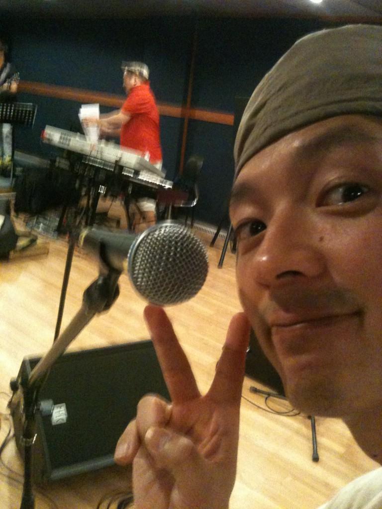 RT @tim_hwang: Good afternoon everyone! Selamat sore ! 좋은오후입니다!^^ http://t.co/6QdGHZps
