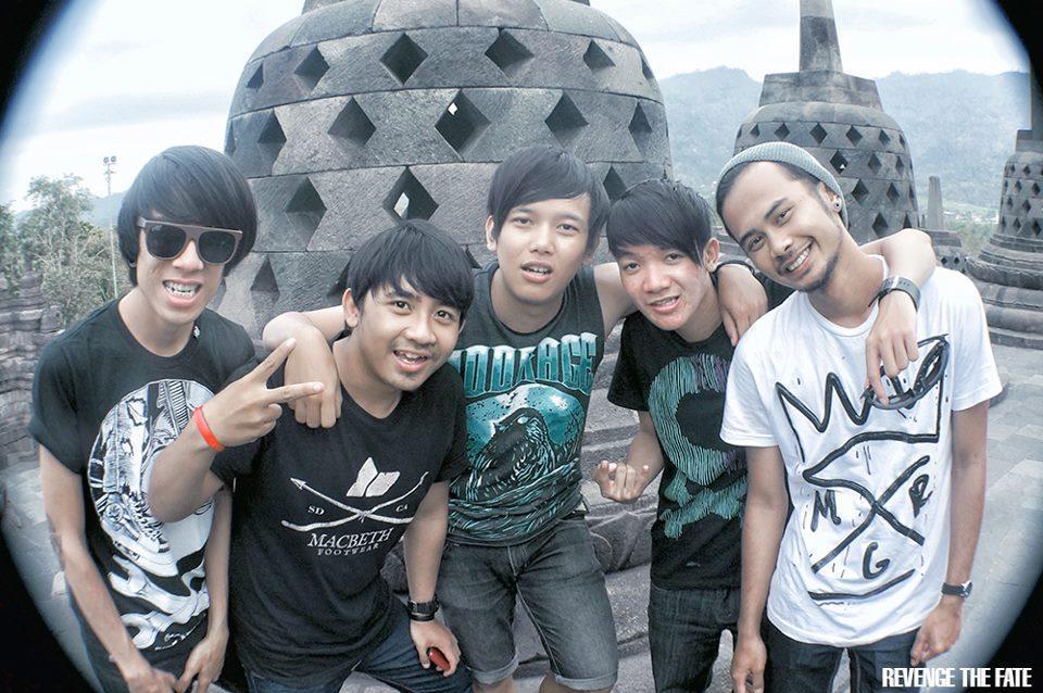 Foto terbaru dari Revenge The Fate (Bandung) #xtremeinfo http://t.co/uTyJLPmy