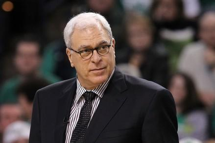 RETWEET if you want him to coach the Lakers! http://t.co/erhZr4Z6