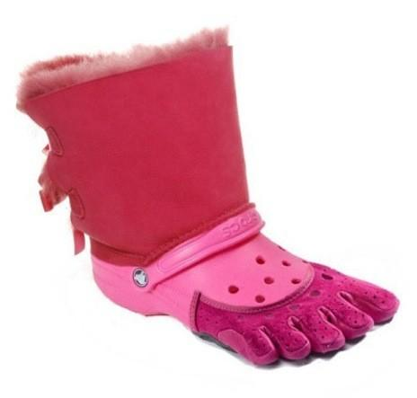 who cares about crocs we have bigger problems on our hands http://t.co/RgHPe1Ha
