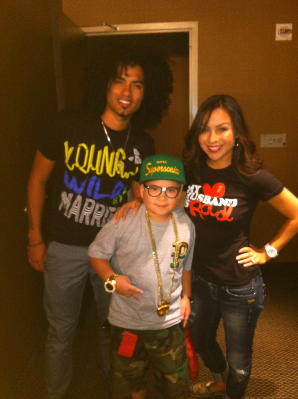 U are so fly lil man. Haha! RT @djbabychino: Me an @anjelahjohnson!! At her show at the south point!! http://t.co/M3HFbL5e