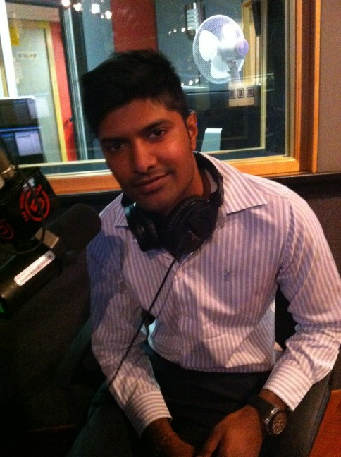 Mr South Africa Andrew Govender... Call us 089 1100 505 to chat to him & play 30 Seconds with him. http://t.co/p5Uutw6R