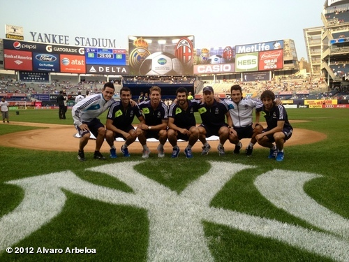 RT @SergioRamos: Yankee Stadium?Fot?n. http://t.co/mcsaVTux