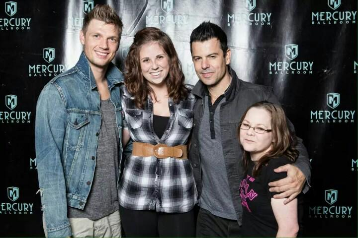 @jordanknight one of your fans @Apes1976 can really use some love and prayers, had a stroke last night, on ventilator http://t.co/sblYW7qn3r