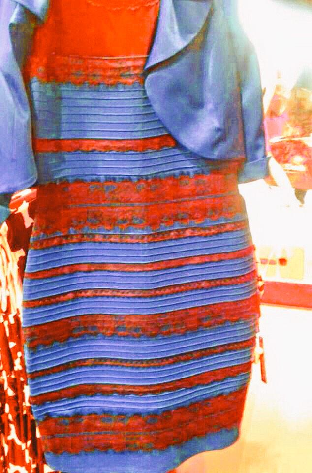 Breaking: The dress is undoubtably Red and Blue #BearDown #teamredblue http://t.co/6dNZeAhOYg