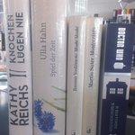 So viele tolle Bücher & kaum Zeit zum Lesen. Deshalb verlosen wir diese fünf bis 17:00 unter allen RTs! #lbm15 http://t.co/2VuymVw7sR