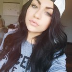 """@AndreaRussett: back to dark hair 💘 http://t.co/vpJunkfQHC"" u r so beautiful"
