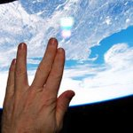 While passing above Boston, #ISS @AstroTerry paid tribute to Leonard Nimoy. Boston was Nimoys birthplace. http://t.co/6vsjBmxrd6