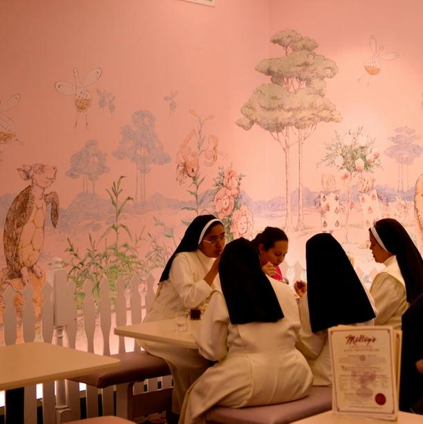 Nuns eating ice cream at @MalleysCHOC @LakewoodOhio #FatTuesday http://t.co/zjQ5wXA7LF