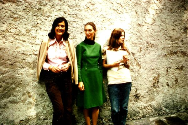 "#TBThursday to the ""trimates"" & their contributions to conservation #WomensHistoryMonth @JaneGoodallInst @DrBirute http://t.co/qiabiDjX67"