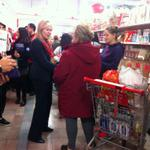 AMAZING. @BonnieCrombie is Yuan Ming Supermarket! Chinese community loves her. #misspoli #voteCrombie http://t.co/IO7TWNCLDk