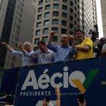 """#AgoraÉAecio45Confirma """"@VejaSP: José Serra no caminhão da marcha tucana - #vejaspeleicoes http://t.co/KQoWoNXJvk"""""""
