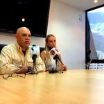 "RT @maduradascom: ¡QUÉ RETUMBE VENEZUELA! Lilian Tintori llama a un ""barrotazo nacional"" hoy a las 8 de la... http://t.co/3Kkhu8nWac http://t.co/bwtKl9u5ys"