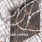 RT @reinaldoprofeta: Leopoldo López grita y hace un comunicado a toda Venezuela, desde la carcel (VIDEO) http://t.co/GoWZM0oLKt http://t.co/4r9qqT7nDN