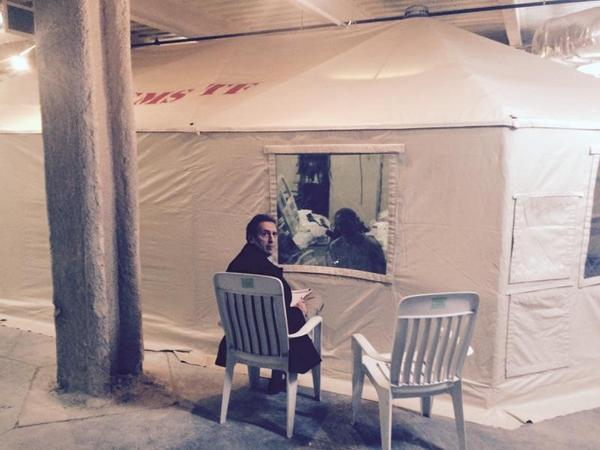 This is the tent Kaci Hickox is being quarantined in, she spoke with her lawyer through a plastic screen, http://t.co/uj16iEDkmk