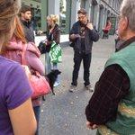 gentrifidingsbums im #annenviertel? mal sehen. und walken mit leo kühberger. https://t.co/ktNjlEsNO4 http://t.co/BthupHuWu7