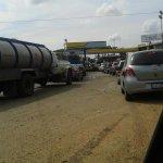 RT @ElNacionalWeb: Reportan largas colas en Acarigua - Araure para echar gasolina #20O (vía @NoticiasSB1 @JuanCMarczuk) http://t.co/RJ87jH2JTb