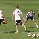 #LigaDeCampeones Real Madrid viaja a Liverpool con Benzema y Varane pero sin Ramos y Bale http://t.co/MfazZ3fLol http://t.co/idMIfiWgYt