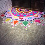 Were all getting pumped up this #Diwali! Are you? With @Shantitravel #Delhi #Rangoli #office #colours #pretty http://t.co/zVCvcK52sp