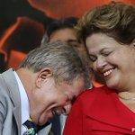 RT @viniciuscezar: Lula e Dilma quando descobriram que Lindsay Lohan apoia Aécio http://t.co/zCmv6b8ZPf