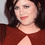 Monica Lewinsky joins Twitter to fight cyberbullying, is swiftly attacked by trolls http://t.co/z78UQYW85V http://t.co/vL6ByLrWy2