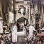 RT @5alfan90: بساطة الحياة لها طابعٌ خاص بسوق #نزوى التاريخي #صورة_من_بلادي #غرد_بصورة #عمان http://t.co/vlb7MGiJ83