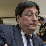 RT @PulzoCol: A 'Pacho' Santos lo postulan para alcalde de Divercity tras caer en broma noticiosa http://t.co/mf4blqjhup http://t.co/8duUBkNTRw