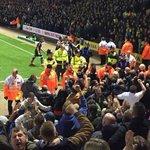 2,000 Leeds fans celebrating at Norwich last night. #lufc http://t.co/l9Fl5KJgyr