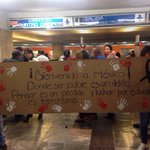 Sigue el movimiento por normalistas: #TodosSomosAyotzinapa. ¿Qué piensas de este mensaje? http://t.co/lYwZSqkzVz