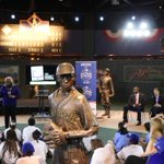 """@MLB @Royals & Sharon Robinson spoke with Faxon Elementary students @nlbmprez, about """"Breaking Barriers"""". http://t.co/je59DX1Zzl"""
