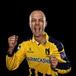 Were delighted to confirm that @Trotty has signed a new 3-year contract extension http://t.co/vuPhrBrmUt #YouBears http://t.co/bQxLm9i94o