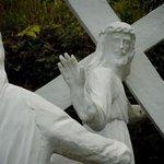 「あ、いい いい。皆の罪俺が全部背負うんで。手伝いとか要らない要らない。その代わりに福音書で俺の事いい感じに書いといて」 http://t.co/MH4TKUOjSB