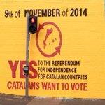 Belfast sha llevat amb un nou mural @VilaWeb @naciodigital @percanviarhotot #9N2014 http://t.co/MYWCZCdmOd