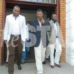 """@TheStarKenya: Wetangula barred from KQ flight over lack of an ID http://t.co/RwY8aMxRIq http://t.co/Z3mCnvyKaf""lmao"