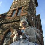 Its hard work being the White Witch of #Narnia! Caught out on a break checking out the #CSLewisFest programme! @Cqaf http://t.co/Qe4BiuKtQz