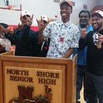RT @BON_SBNation: #Horns add 2nd big 2015 b-ball pledge in North Shore combo G Kerwin Roach http://t.co/gYEZwtX2K6 #hookem http://t.co/wF2NBCVwkS