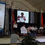 En la Asamblea Nacional de Personeros anfitriones indican que @JuanManSantos no los benefició ayer en nada. http://t.co/c9igqldWo0