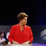 Tucanos riem quando @Dilmabr chama Eduardo Azeredo de Renato Azeredo. http://t.co/0VxjRl4P0q #DebateNaGlobo http://t.co/jUoik6AQTf