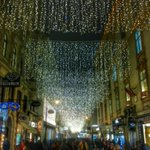 RT @street_wandern: Bald erstrahlen viele Lichter in #Wien! Ein Augenschmaus fürs #streetwandern Auch 2014! Welcome to #Austria :-) http://t.co/7poVdYtod1