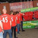 RT @ActuFoot_: Un stand à Liverpool propose déchanger gratuitement son maillot de Balotelli ! http://t.co/G650cf0mJw
