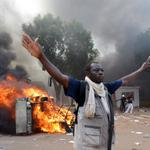 Burkina protesters storm parliament, ransack state TV http://t.co/V4RsoPMuPE http://t.co/DQds0cgQDr