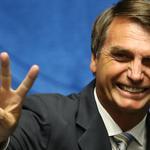 ALGUEM ME AJUDA RT @Estadao: Bolsonaro: Serei o candidato da direita à Presidência em 2018 http://t.co/jF8iqJpUsR http://t.co/ZlnUHGrMTq