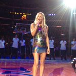 """Lot of Purple & Gold in that dress...@LAClippers: .@Fergie in action singing the national anthem. http://t.co/PM7tfp3ycA"""""""