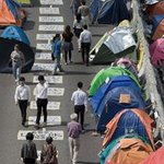 #HongKong #OccupyCentral protesters consider crashing #APEC forum in Beijing http://t.co/sIMaRWBk1z http://t.co/S6fm3gVTff
