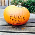Some excellent Pumpkin carving skills in #Dublin... #Halloween2014 http://t.co/pLCYc7Pl2D