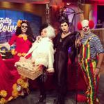 ¡Happy #Halloween! Aquí están nuestros disfraces #Undhalloween #UND #Boo ???????? http://t.co/ZabnlDwYGO