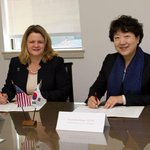 Its official. Albright & Sookmyung Womens Univ of #Seoul #Korea have signed agreement for student/faculty exchanges http://t.co/Hvhpd7XLec