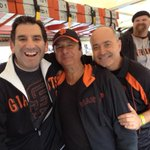 Any Journey fans out there? Look who is on the #SFGiantsParade float with us! http://t.co/LwNt5B04BV
