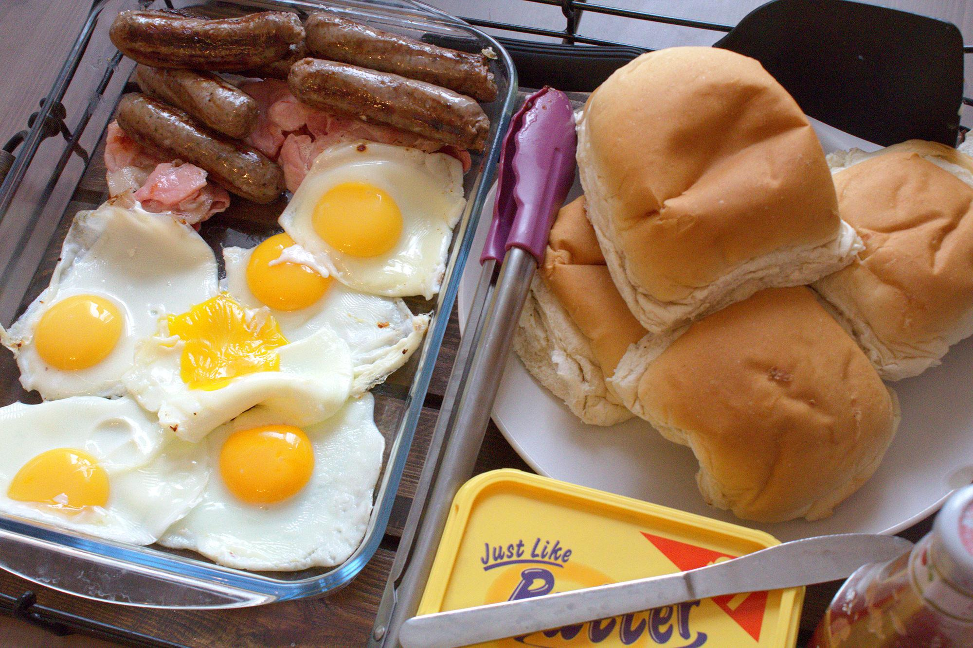 #Brunch is served! All grilled so less fat too. #breakfast #healthyfryup #WatchDaddyCook http://t.co/ZJI9XPhqly