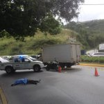 """via @Chinita_Saoly1: Via """": Situación a las 9:59 en dist. Los Campitos cola en la Prados vía La Trinidad http://t.co/Or0v4LDnne"""" #Caracas"""